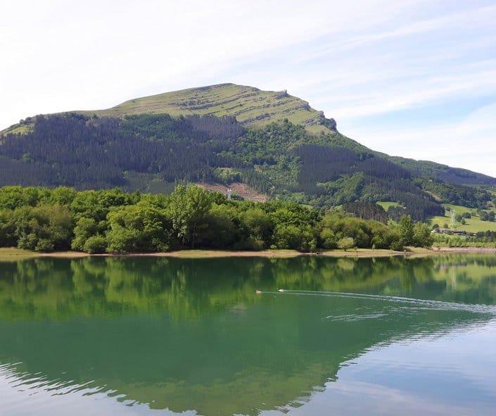 urkulu-embalse-aretxabaleta-Euskadi-Pais-Vasco